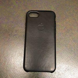 Apple iPhone 7/8 Genuine Black Leather Case